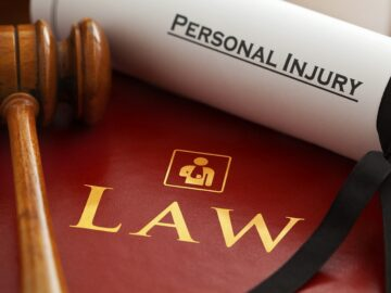 10 Secrets to Finding a Great Personal Injury Lawyer
