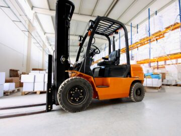 5 Benefits of Renting a Forklift instead of Buying