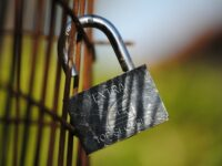 How to Choose Outdoor Lock for Burglary Protection?