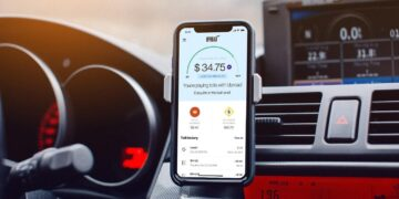 Install Uproad app and never be late with your toll road payments