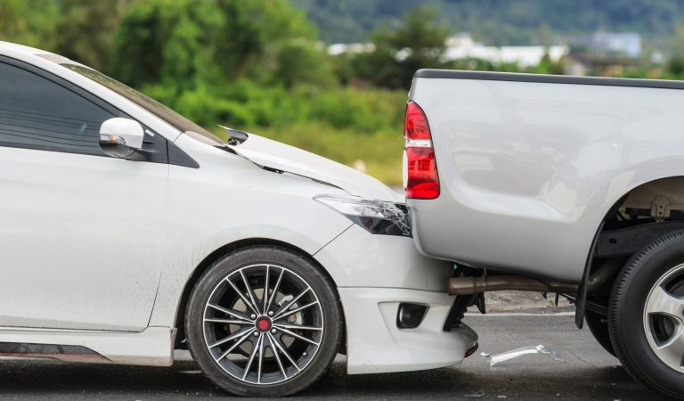 7 Benefits of Hiring an Attorney After a Truck Accident