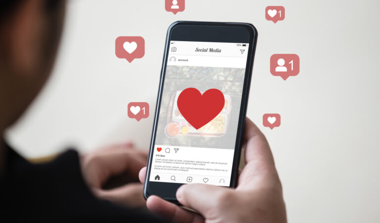 4 Benefits of Using Instagram Story for Your Business